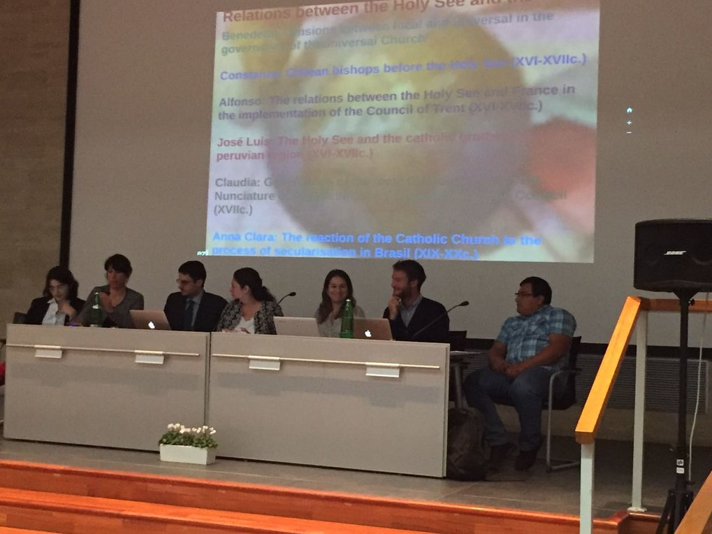 "On the first week of October 2017 a large group of MPIeR researchers and staff members participated of an excursion to Rome that was organized by Department II and the Max Planck Research Group III.   This academic trip had the purpose of promoting dialogue between the MPIeR and research institutions based in Rome, allowing discussion on related research topics, publication issues, working methodologies, among other matters.   In such sense, the group visited the Max-Planck-Institut für Kunstgeschichte – Bibliotheca Hertziana and the Deutsche Historische Institut in Rom, where presentations and debate from both host and visiting members took place in two fruitful working days.   The trip also included a guided tour to two of the most fascinating archives in Rome, the Archives of the Fabbrica di San Pietro and the Vatican Secret Archives, which gave further insight to the work that MPFGIII and other MPIeR members carry out on a regular basis at Vatican Archives.   It is worth highlighting that, at the DHI Rom, Dr. Benedetta Albani, along with MPFGIII and SFB researchers, made a presentation on their common projects and specific thematic and methodological developments. The communication was entitled ""Governance of the Universal Church after the Council of Trent. Communication and actors in a global information regime"". This was the first group presentation of MPFGIII and SFB projects lead by Dr. Benedetta Albani!"